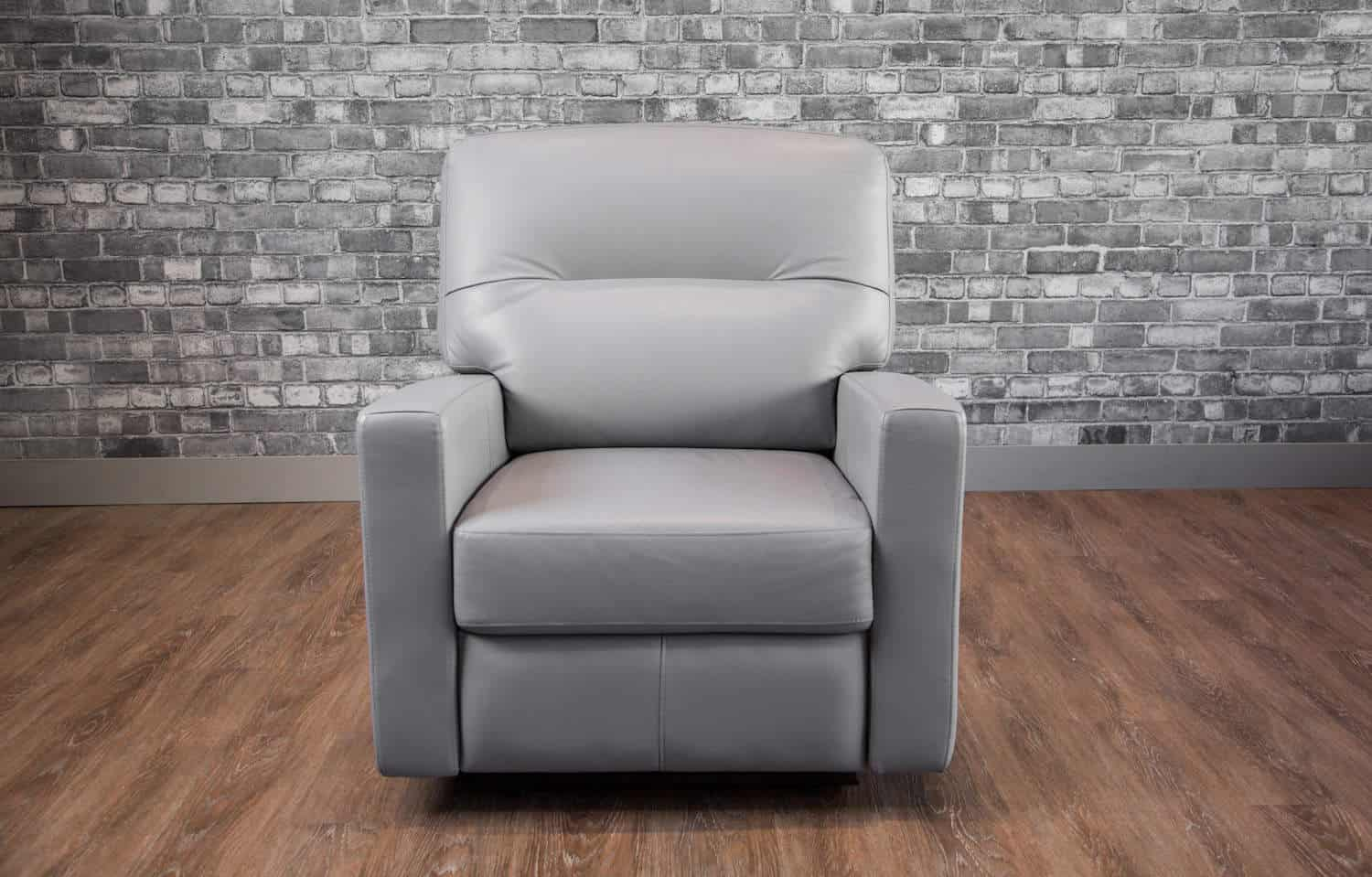 The Venus Leather Recliner Collection Canada S Boss
