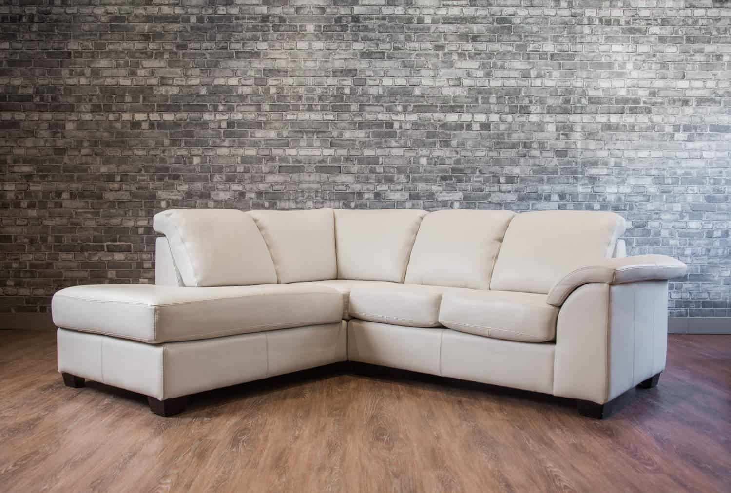 The Canadiana Leather Sectional Canada S Boss Leather