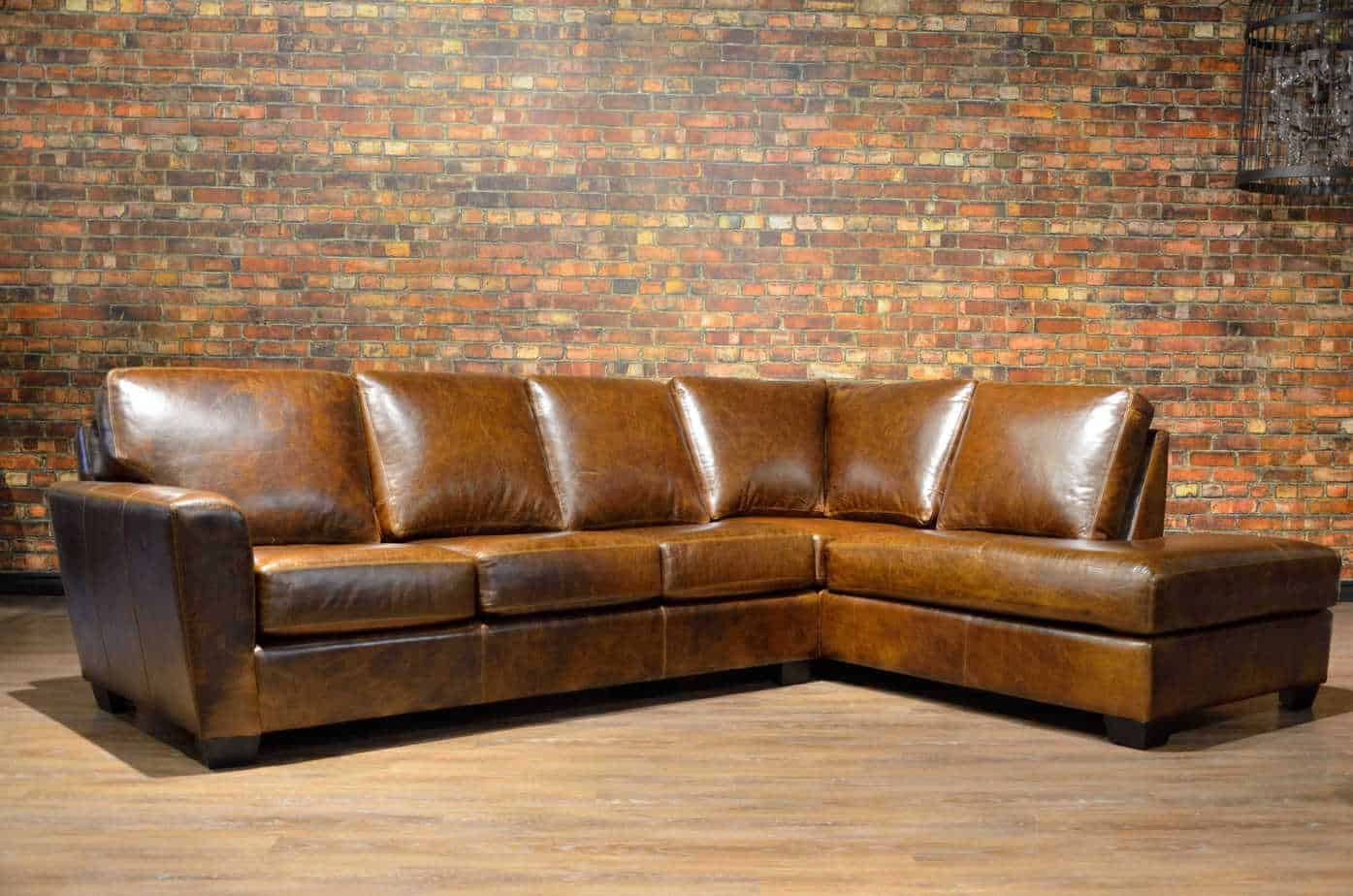 The Bolton Leather Sectional Canada S