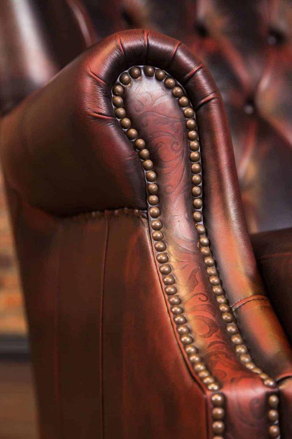 Aficionado leather cigar chair