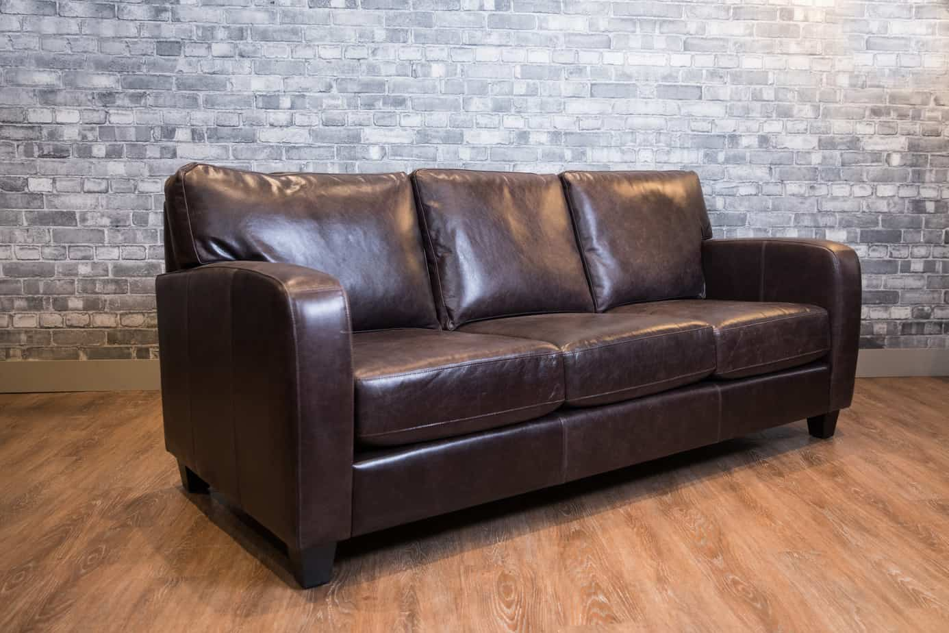 Fantastic The Lake Como Leather Sofa Canadas Boss Leather Sofas And Ncnpc Chair Design For Home Ncnpcorg