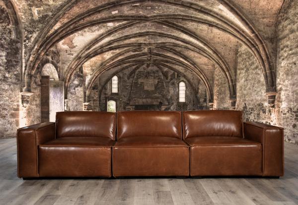 Commander leather sofas