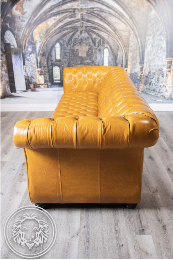 Bergamo Pallazo leather sofa